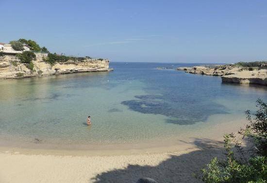 LUGLIO - Spiaggia Punta Castelluccio ( Ph. tratta dal web)