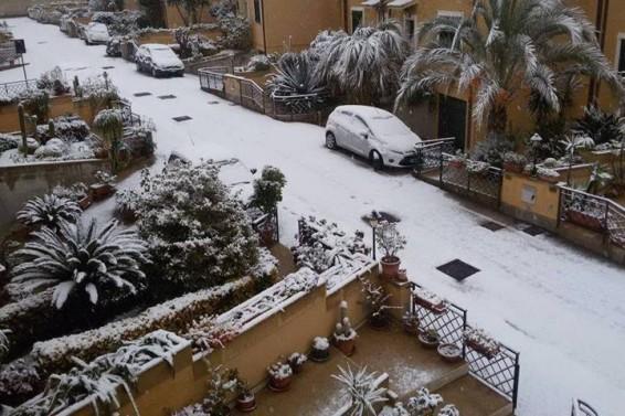 FOTO COPERTINA 5 ( Tania Fortuna) . Ricordando la neve di capodanno 2015 a Siracusa. 2