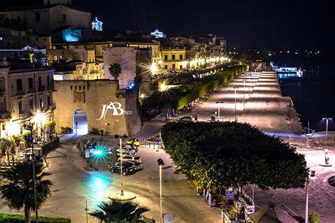 Vista notturna del Foro Italico-Ortigia-Siracusa (Ph. Angelo Bosco )