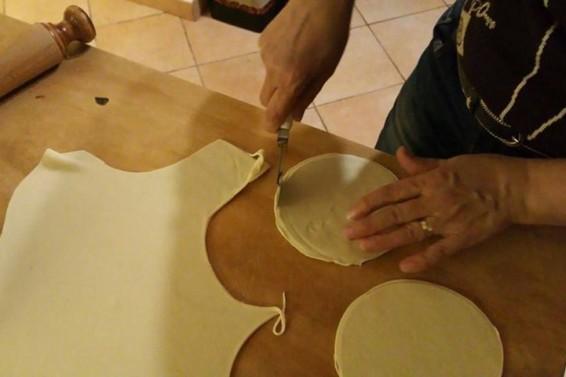 Preparazione Cassatine Dolci Ricotta 2 (Ph. Cristina Silvestro)