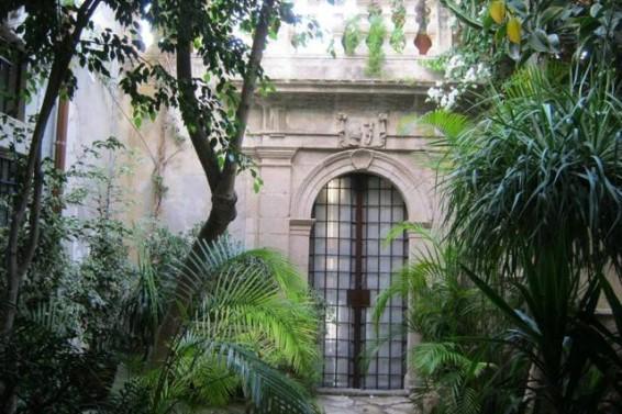 Cortile interno Palazzo Blanco (Ph. Gianni Grillo)