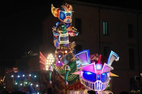 FEBBRAIO - Carnevale Melilli (Ph. Roberto Zappulla)