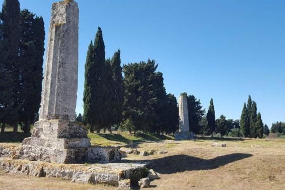 Tempio di Giove. Le due colonne  (Ph.Michele Buonomo)