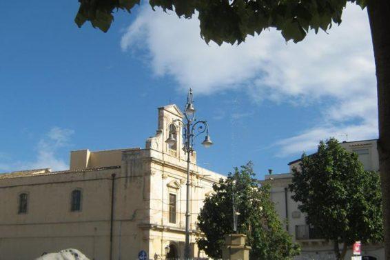 particolare-piazza-umberto-i-ad-avolaph-gianni-grillo