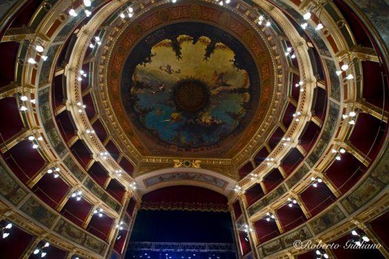Interno Teatro Comunale (ph. Roberto Giuliano)