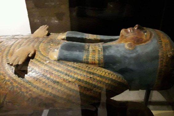 Primo piano sarcofago(ph. Gianni Grillo)